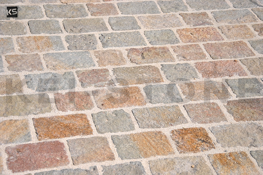 Pav s pierres naturelles pav sol ext rieur pav de rue for Pose pave exterieur