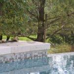 dallage terrasse et piscine en pierre naturelle travertin kei stone aix en provence pertuis lyon auxerre hossegor sarlat tours