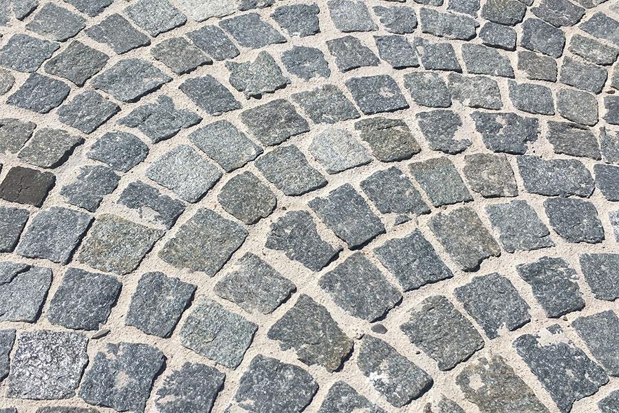 luserne-pave-kei-stone-02