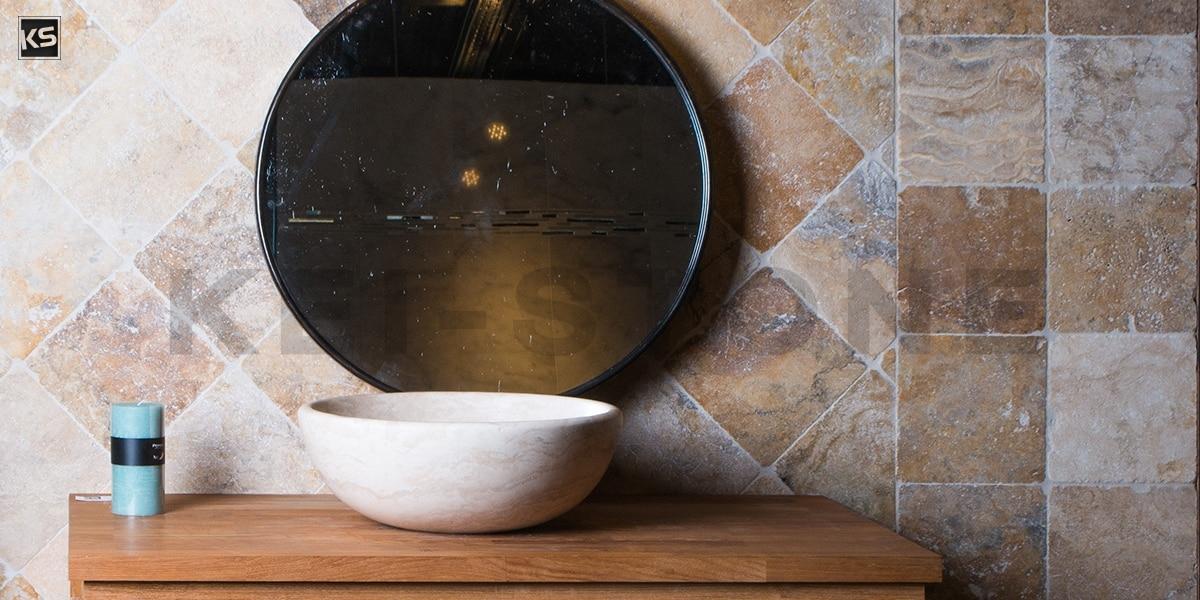 La salle de bain en pierre Travertin chez Kei-Stone!